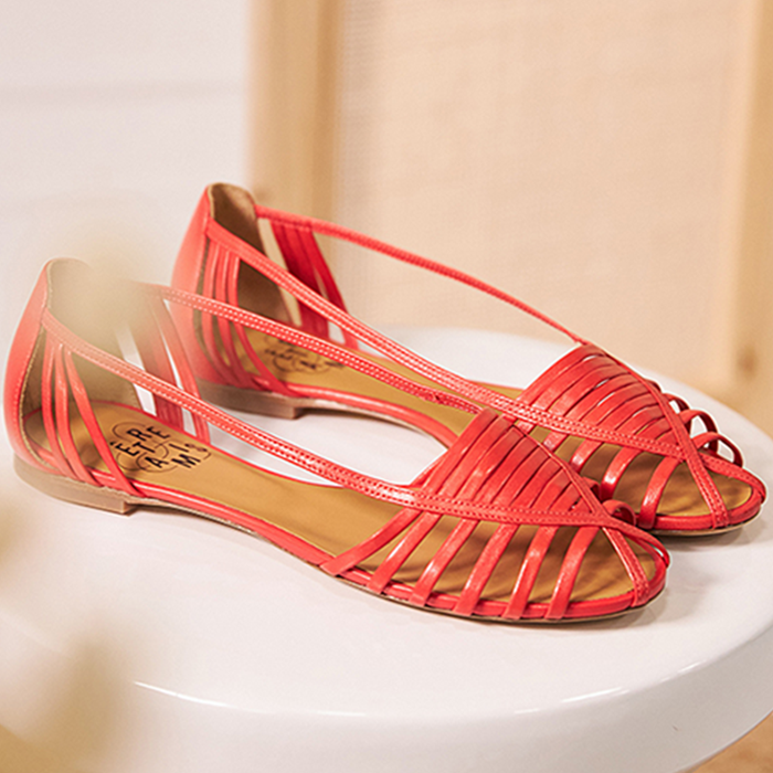 Chaussure-ballerines-ecoresponsable-etreamis-modele-mahault-cuir-colori-rouge