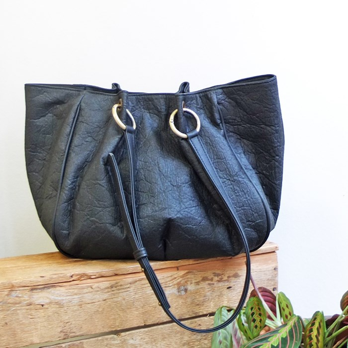 grand sac piñatex noir