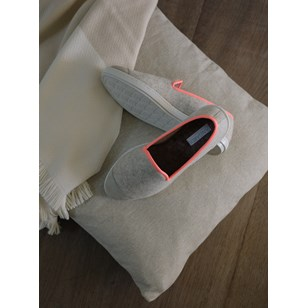 Chaussons femme en laine recyclée - Beige et Rose Fluo - AW Slippers