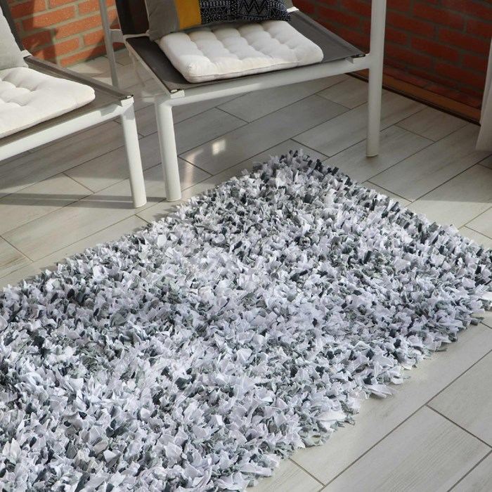 "Tapis chambre upcycling - ""Griset"""