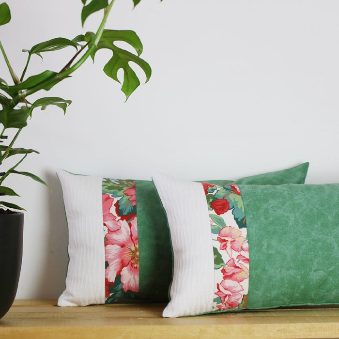 """coussin """"Magnolia"""" upcycling"""