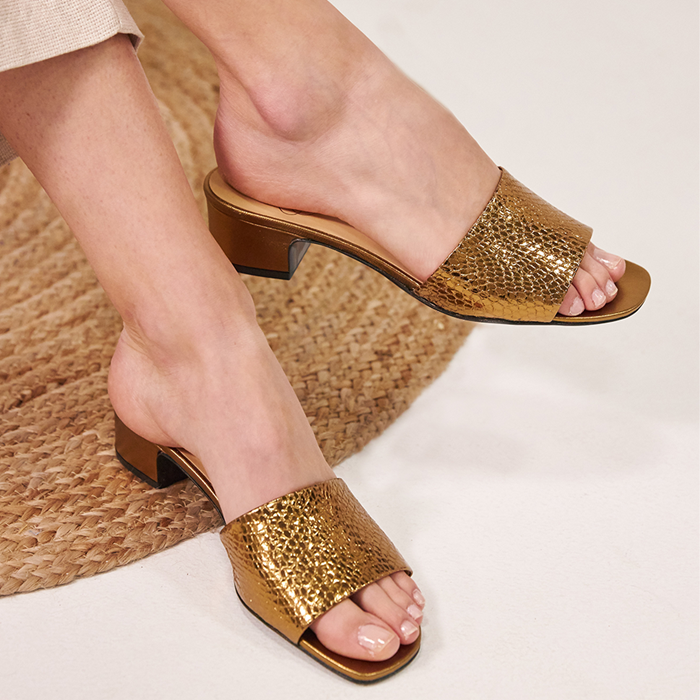 Chaussure-mules-ecoresponsable-etreamis-modele-gloria-cuir-colori-bronze-made-in-Portugal