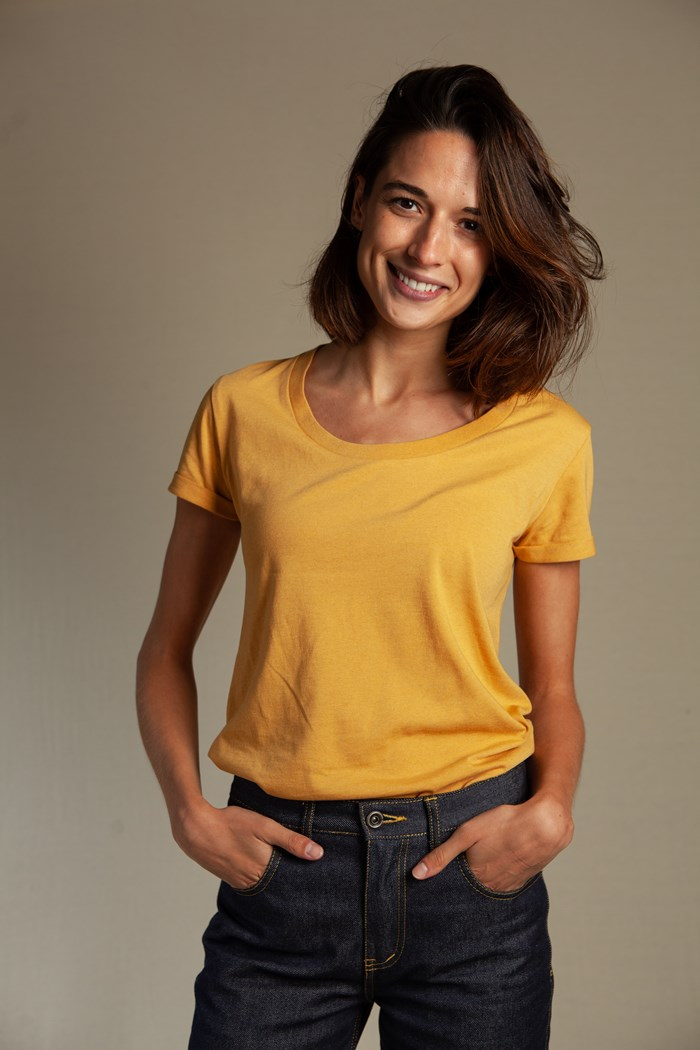 t-shirt-echancre-femme-jaune-golden-sand-recycle-made-in-france