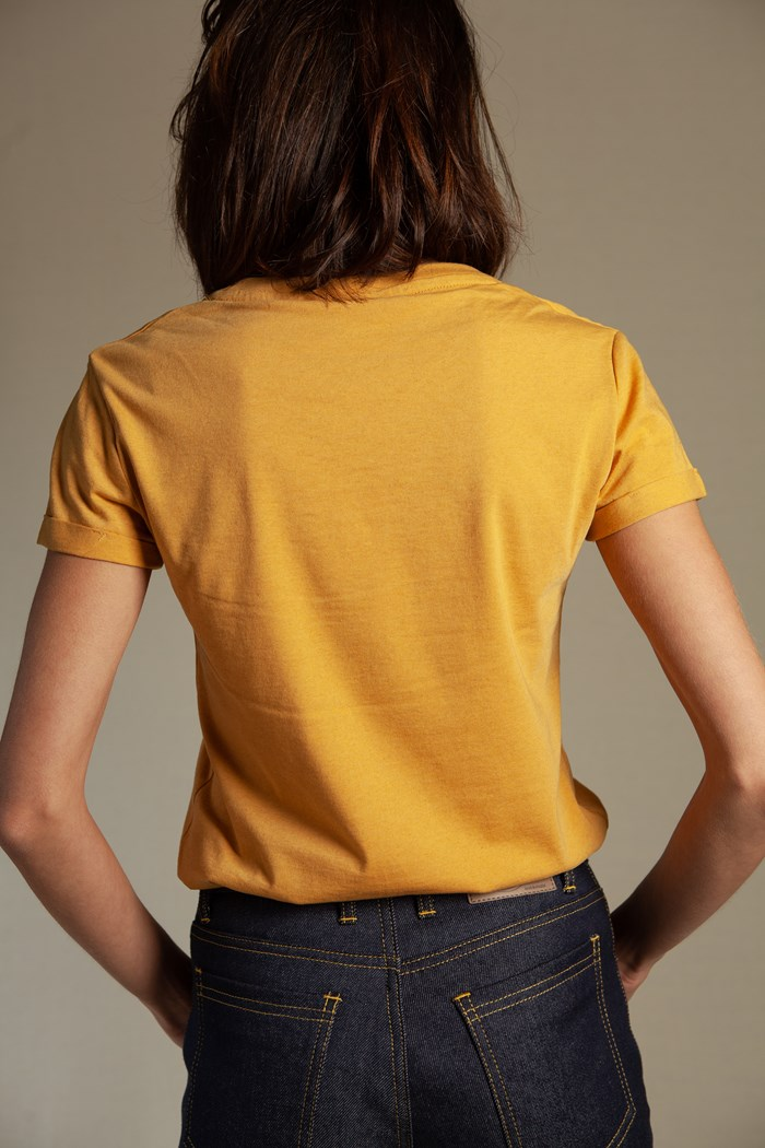 t-shirt-echancre-femme-jaune-golden-sand-recycle-made-in-france-dos