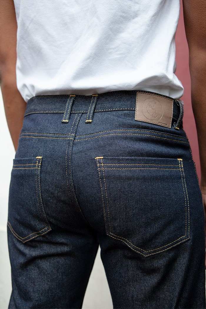jean-droit-homme-coton-bio-upcycle-made-in-france-fesses